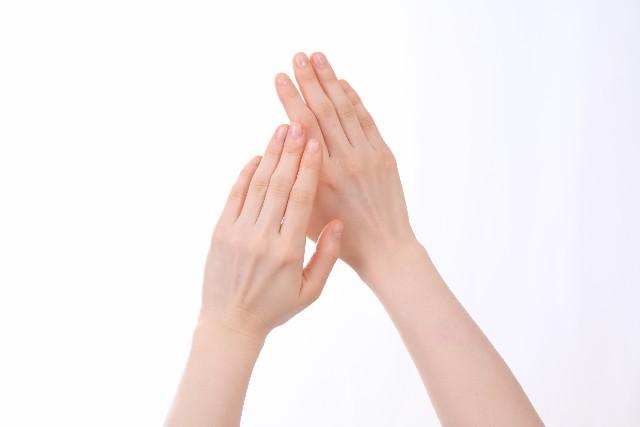 手足のしびれ、関節痛